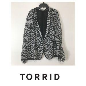 TORRID Black White Sheer Jacket Tab Sleeves SZ: 3